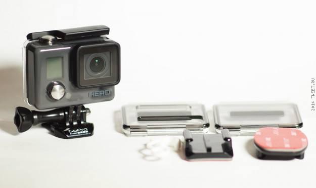 Общий вид  экшн-камеры GoPro Hero (CHDHA-301) и ее комплектация