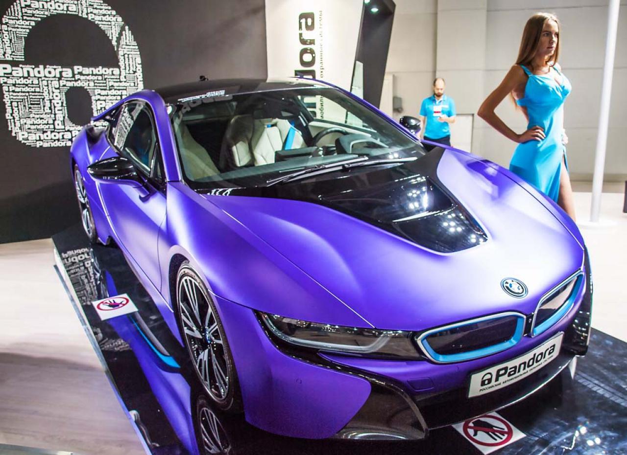 Лучшие девушки Московского международного автосалона - ММАС 2016
