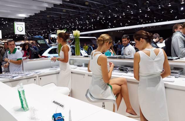 Красивые девушки с Московского Международного Автомобильного Салона - ММАС2014