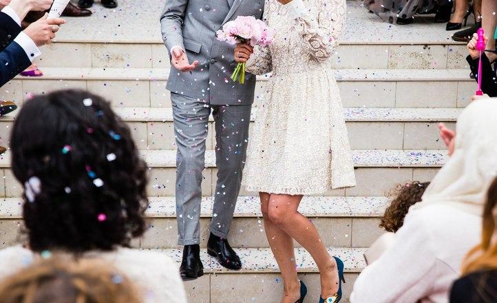 Свадебные фотографии: Причина, по которой гости на свадьбе должны убрать свои телефоны...