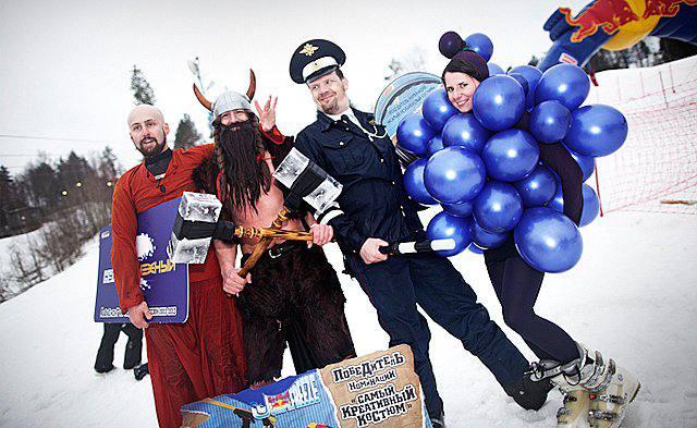 Завершение зимнего сезона: Аква-шоу Red Bull Jump and freeze