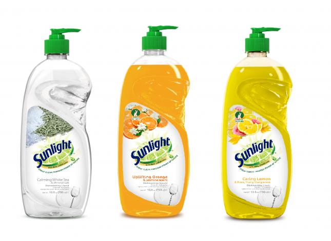 Новое средство для мытья посуды Sunlight поможет избавиться от жира одним взмахом губки