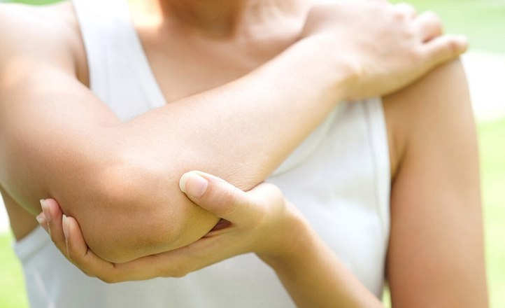 Мадина Байрамукова: как бороться со старением в области локтей и коленей