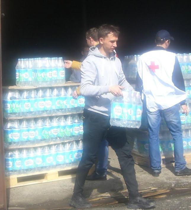 10 тысяч литров питьевой воды выделено жителям Тюменской  области, пострадавшим от паводков